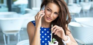Talk to women on phone